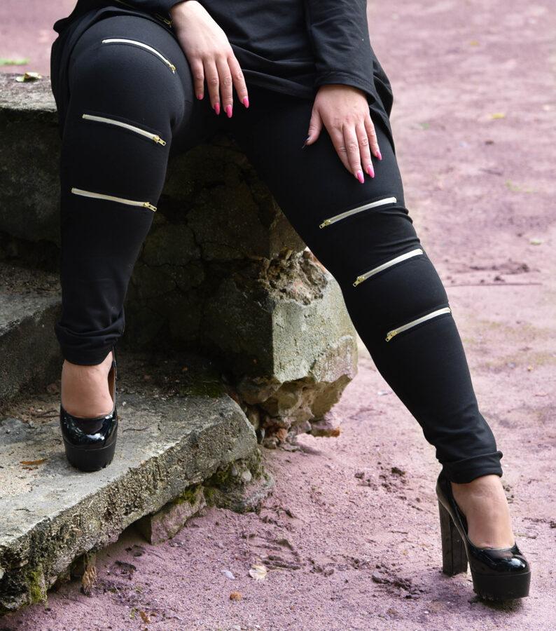 Spodnie czarne zip