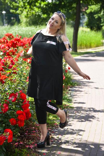 Czarny komplet taśma kwiaty